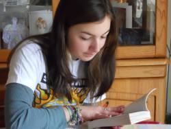 Reading - girl